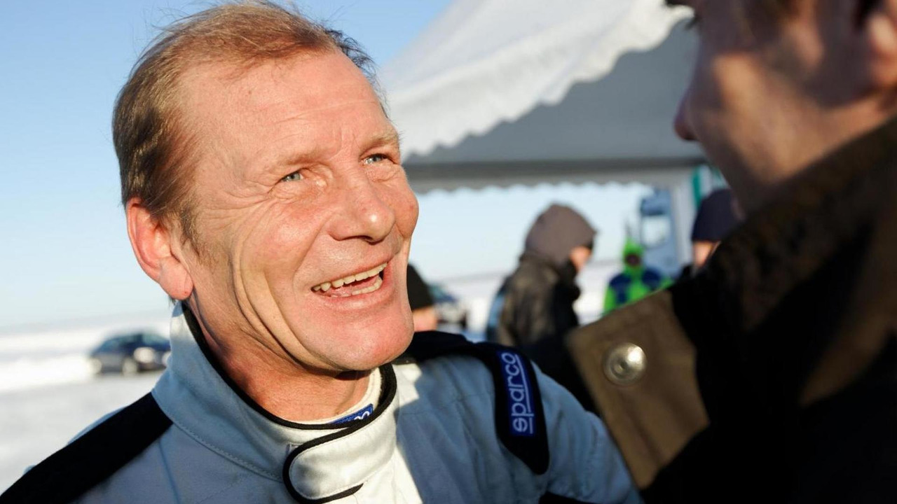 Juha Kankunnen reacts to the news of a new world record, Bentley Continental GT Supersports - 15.02.2011
