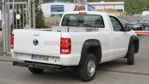 VW Amarok goes single-cab for 2011 - spy photos