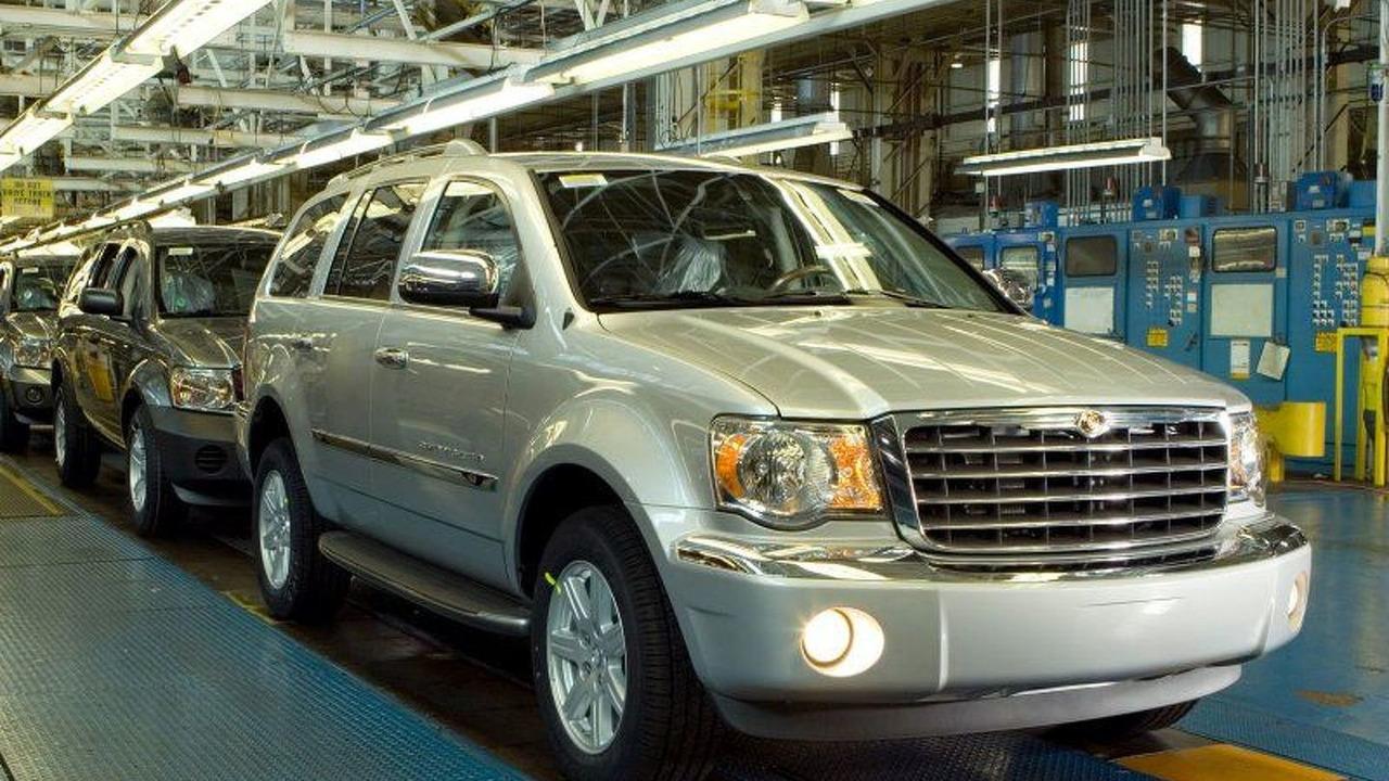 Chrysler Aspen production line
