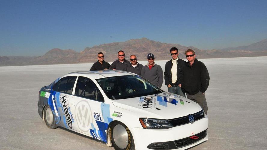 Volkswagen Jetta Hybrid sets a land speed record at Bonneville