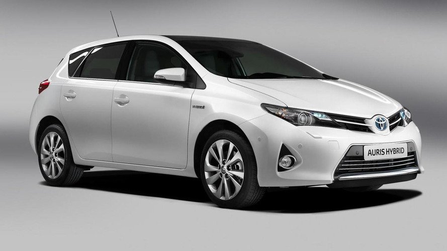 2013 Toyota Auris priced from 14,495 pounds (UK)