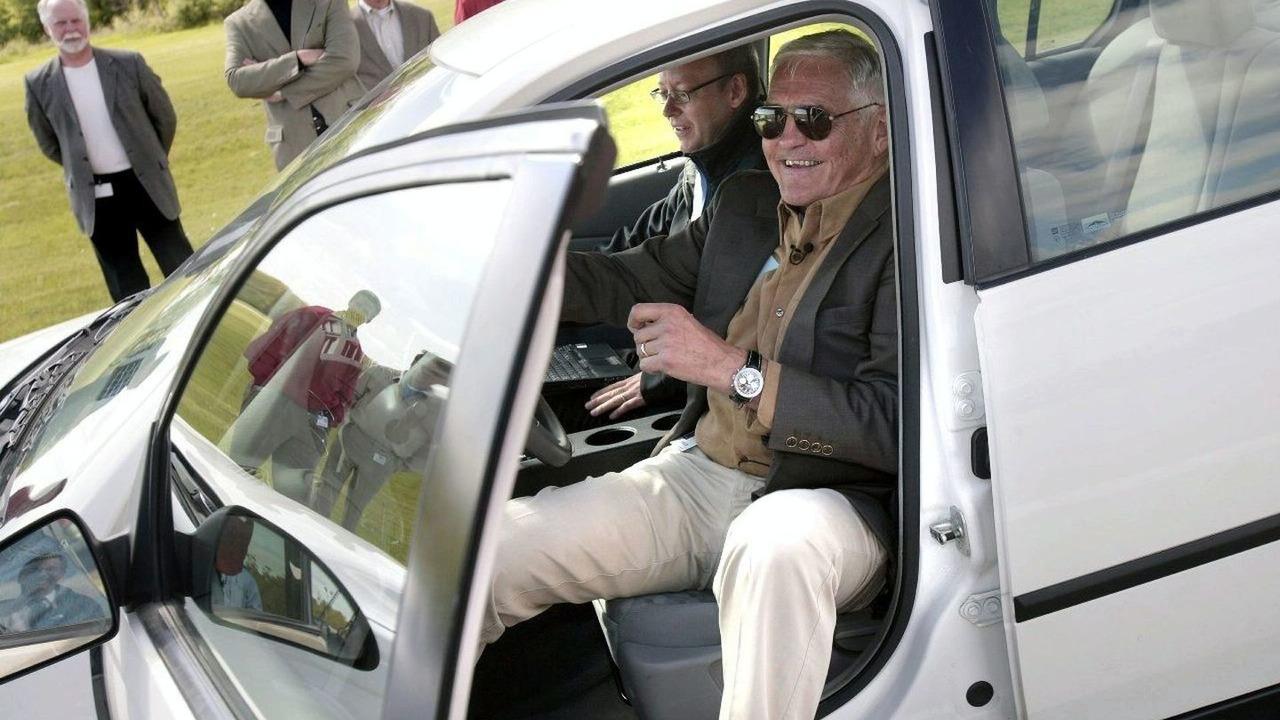 Bob Lutz Test Drives Chevrolet Volt