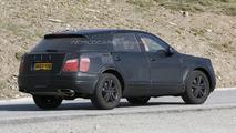 2016 Bentley SUV spy photo
