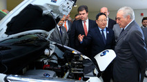 Nissan leva a Brasília van elétrica movida a hidrogênio de etanol