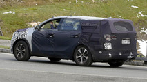 2015 Kia Sorento spied undergoing testing in Switzerland
