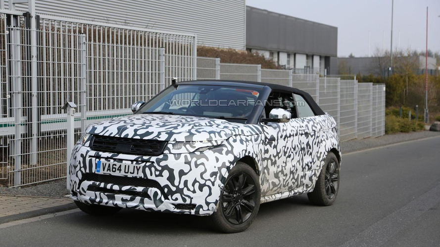 Range Rover Evoque Cabrio spied up close