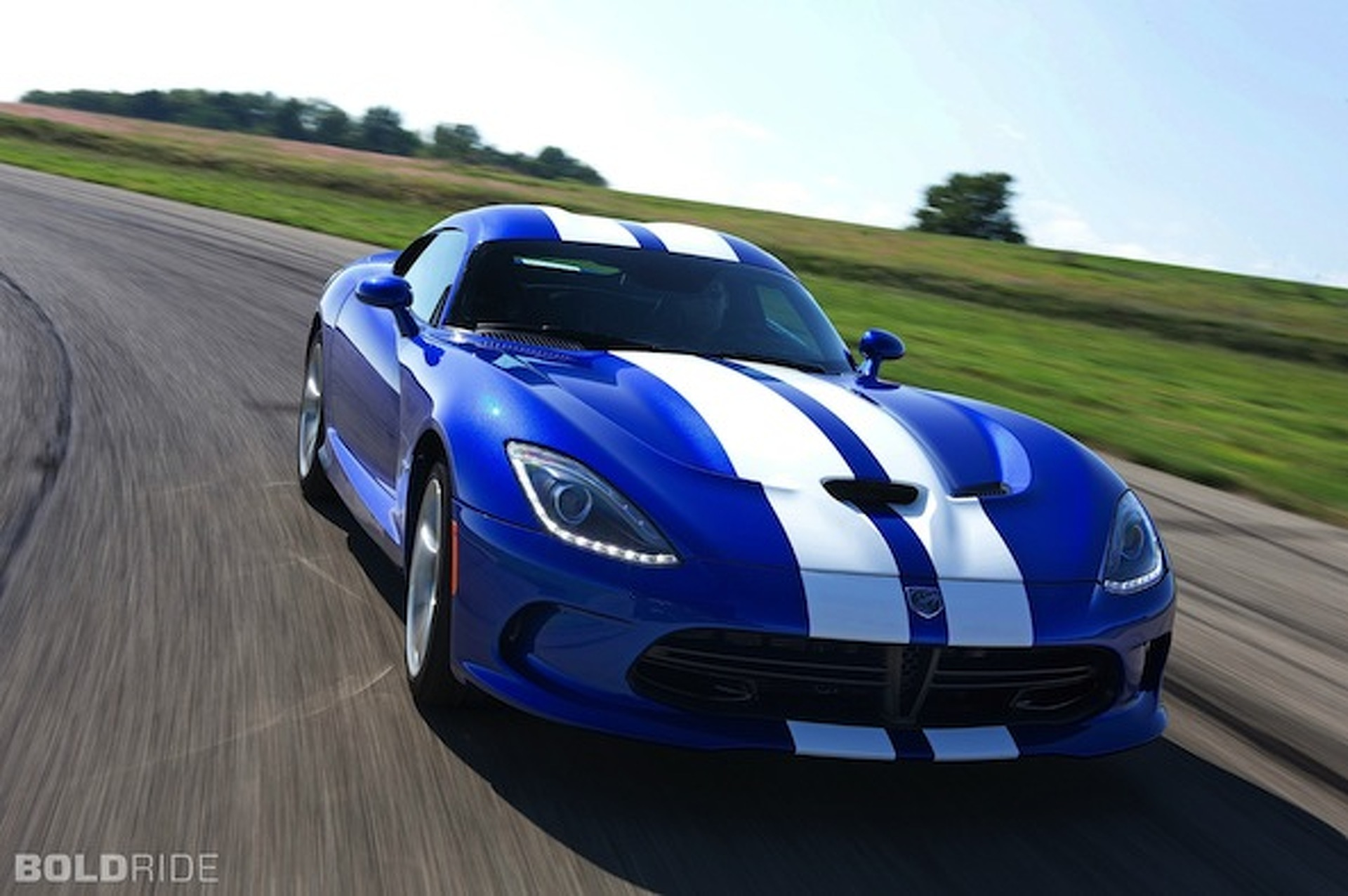 SRT Viper Heading to Europe, Sort Of