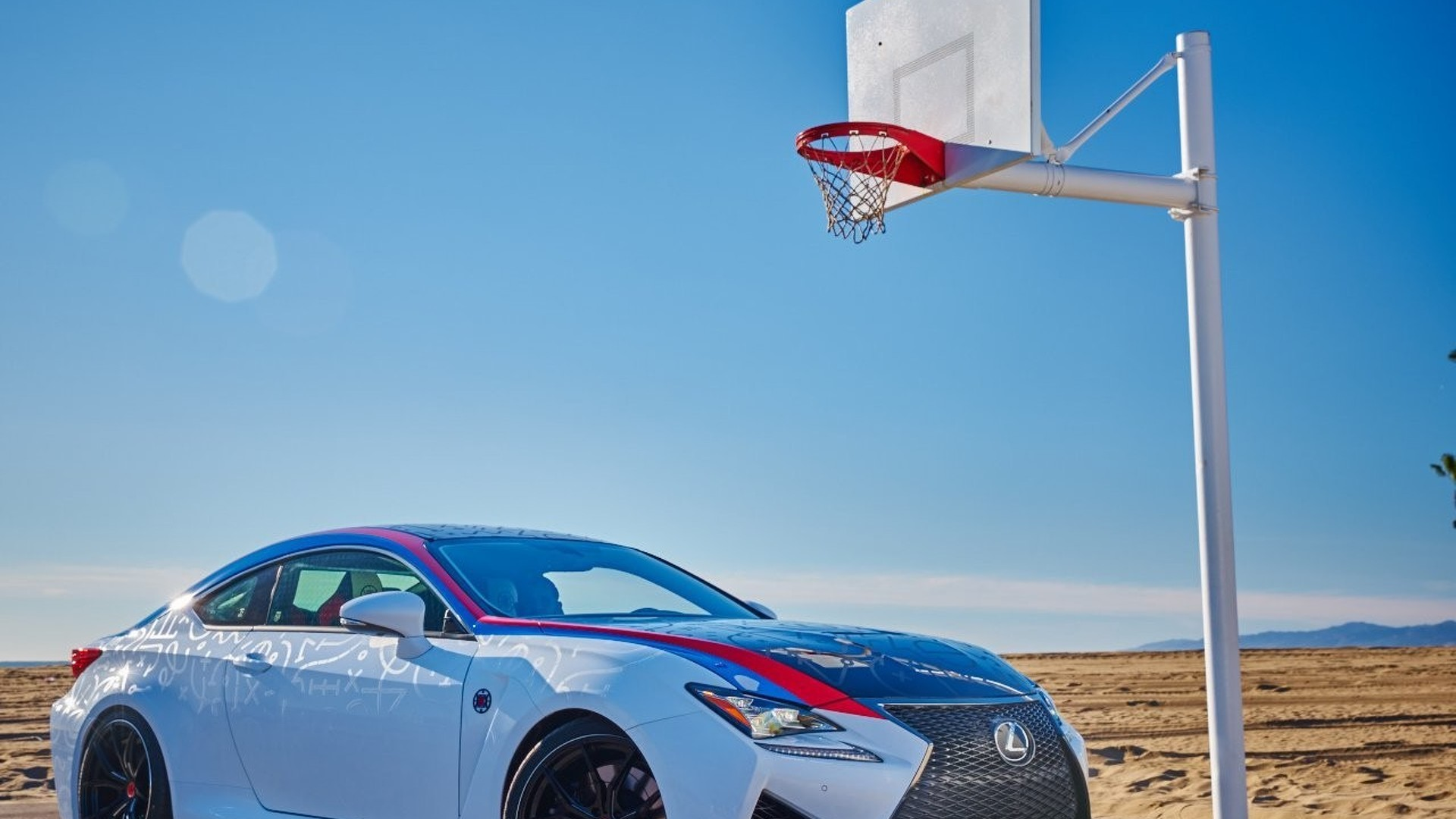 L A Clippers Themed Lexus Rc F To Be Raffled Motor1 Com