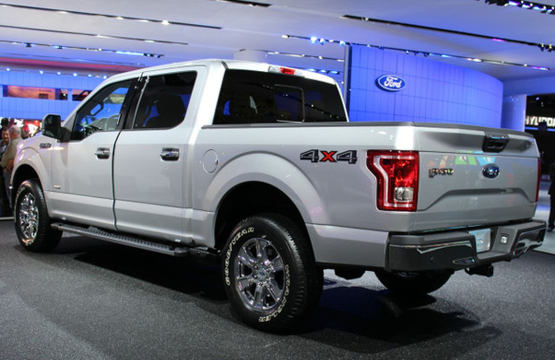 2015 Ford F-150 is 700 Pounds Lighter Thanks to Use of Aluminum [w/video]
