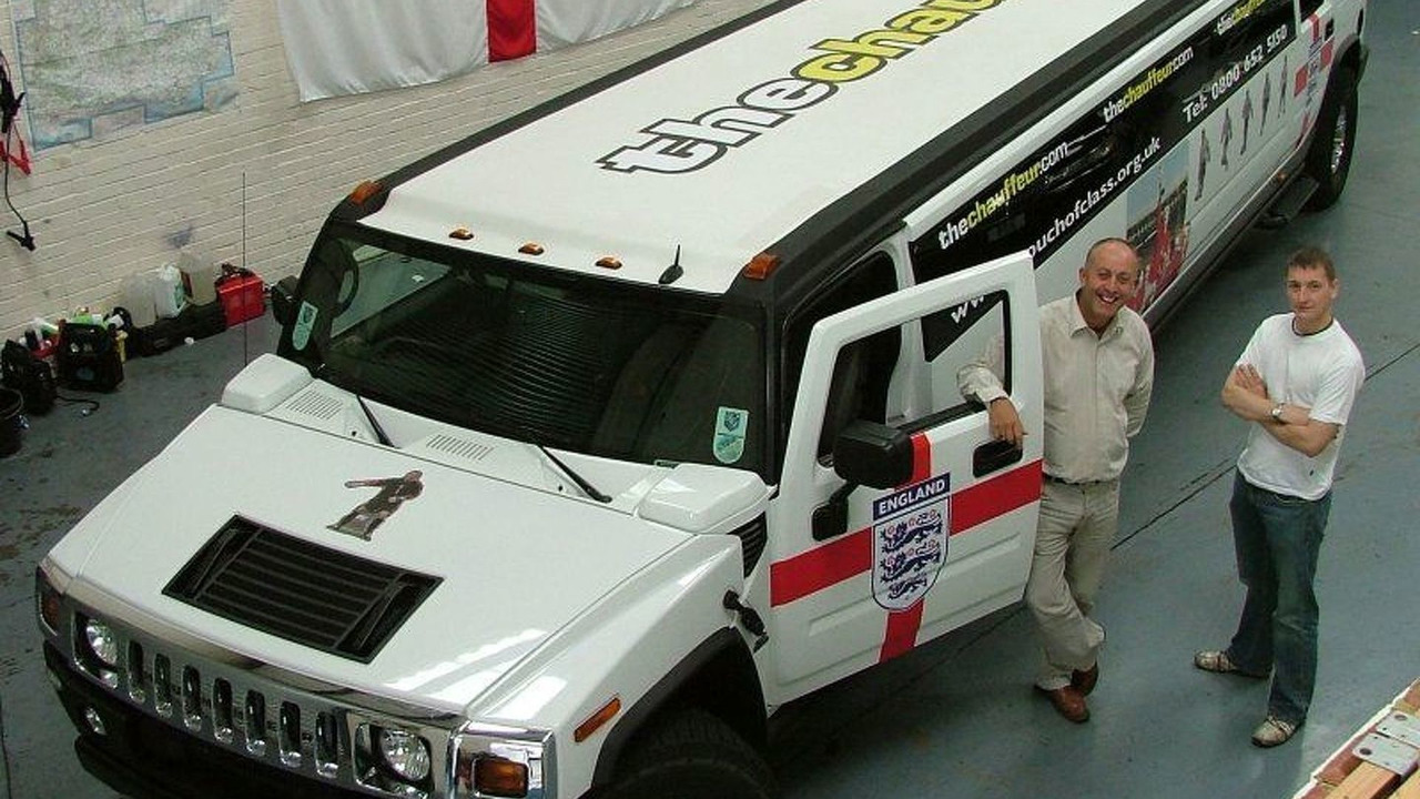 40 feet stretched Hummer H2 Limousine