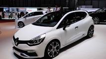Clio Renaultsport 220 Trophy EDC at 2015 Geneva Motor Show