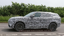 Range Rover Sport Coupe spied for the first time