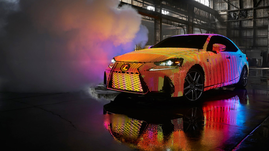 Watch 41999 LEDs continuously change the colour of this Lexus
