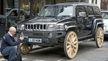 Hummer H3 Gets Wagon Wheels