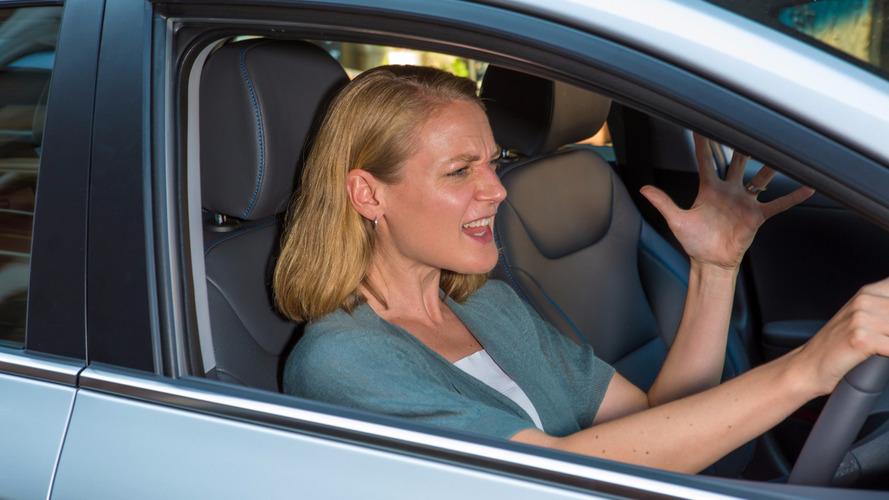 Women drivers angrier than men, study finds