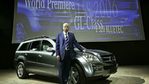 Mercedes-Benz Admits to Chrysler Merger Mistake