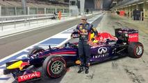 Sainz drops 'junior' for F1 debut