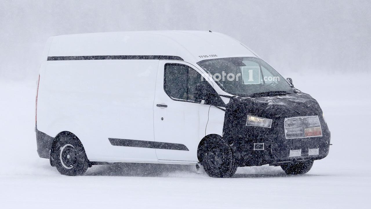 2017 - [Ford] Tourneo/Transit restylé Ford-transit-custom-spy-photo