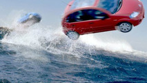 Citroen C3 Plays with Dolphins