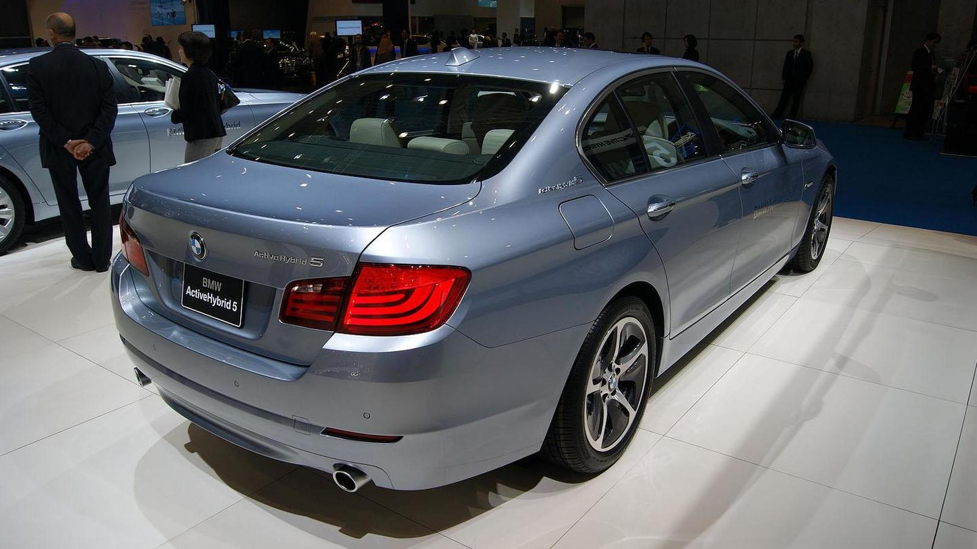BMW ActiveHybrid 5 unveiled in Tokyo