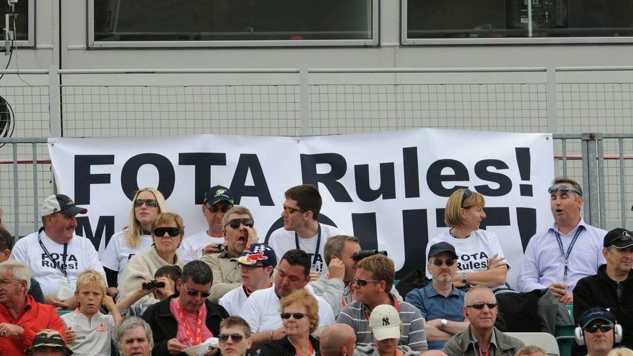FOTA Fans, British Grand Prix, Silverstone, England, 20.06.2009