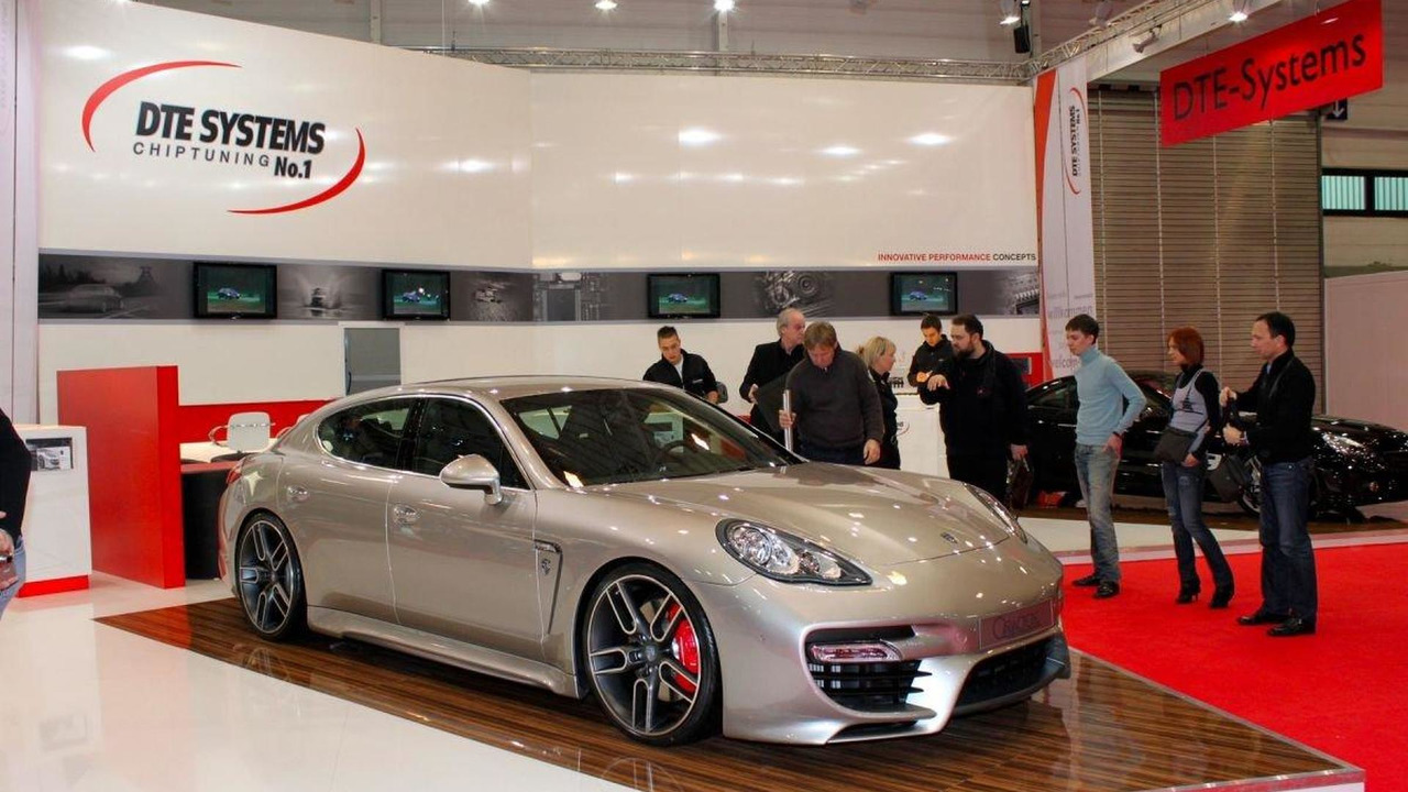 Porsche Panamera by Caractere Exclusive live in Essen 28.11.2010