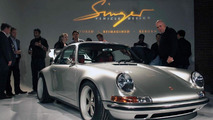 964 Porsche 911 restored and remade by Singer Vehicle Design - 25.11.2011