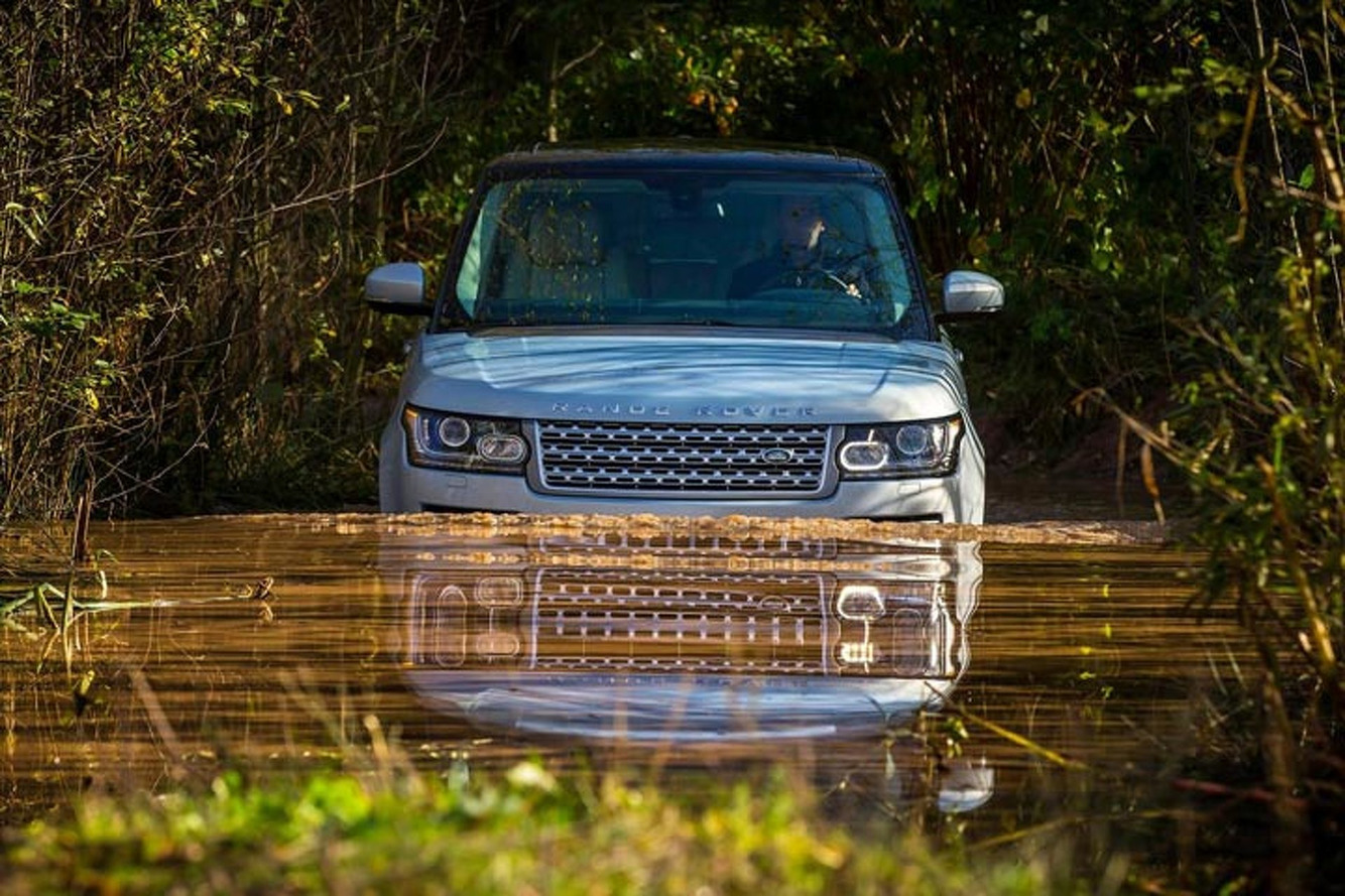 Range Rover EV Could Compete with Tesla