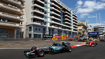 Ferrari has not closed gap on Mercedes - Briatore
