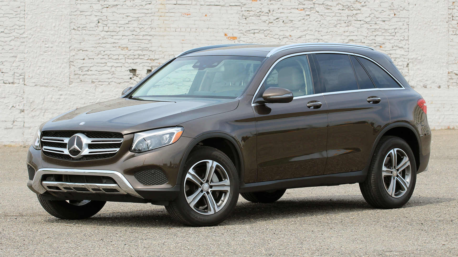 Review 2016 mercedes benz glc300 4matic for Mercedes benz glc300 coupe