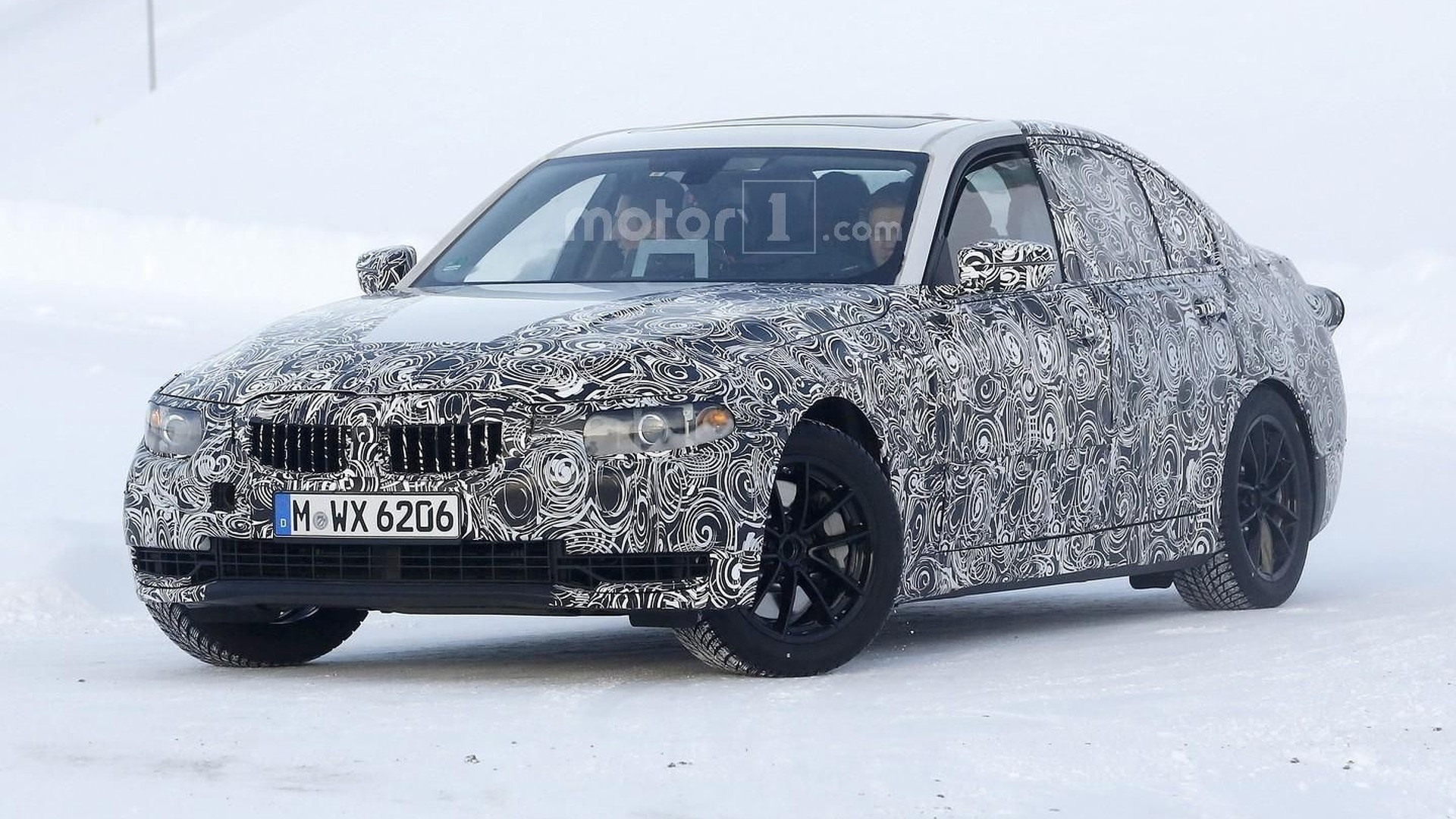 2018 bmw 3 series spied in frosty scenery video. Black Bedroom Furniture Sets. Home Design Ideas