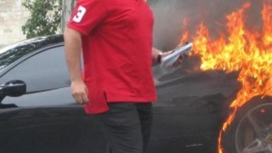 Ferrari 458 Italia on fire in Paris