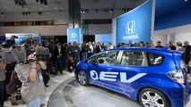 Honda Fit EV Concept and Plug-in Hybrid Platform debut in LA [video]