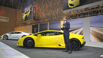 Lamborghini Huracan roars into Geneva with 610 HP  [videos]
