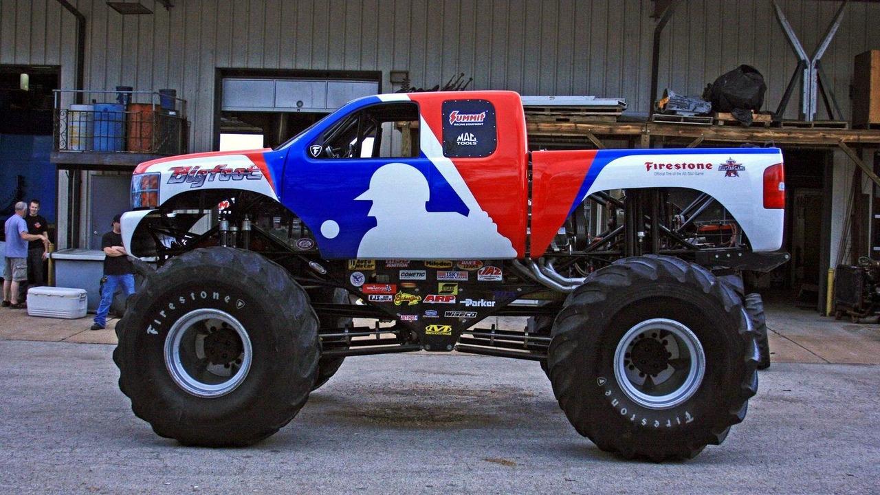 MLB Bigfoot monster truck as Chevrolet 08.07.2010