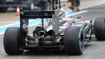 McLaren 'wing' suspension raises eyebrows at Jerez