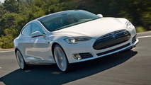 Tesla accused of telling owners not to report Model S suspension issues