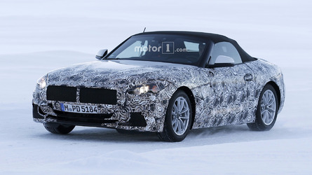 2018 BMW Z5 spotted with slightly less camo