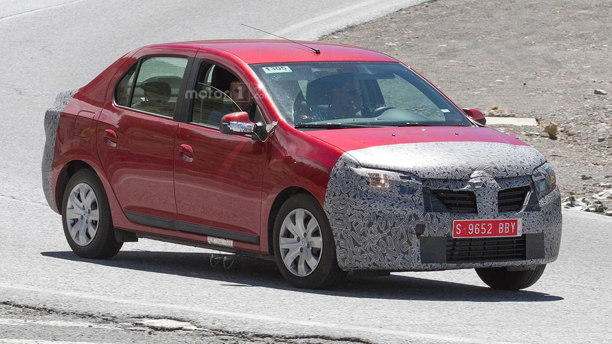2017 Dacia Logan facelift spy photos