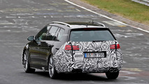 VW Golf R Variant facelift spy photo