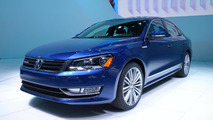 Volkswagen Passat BlueMotion concept bows in Detroit