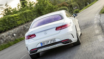 Mercedes S-Class Coupe with curve tilting function