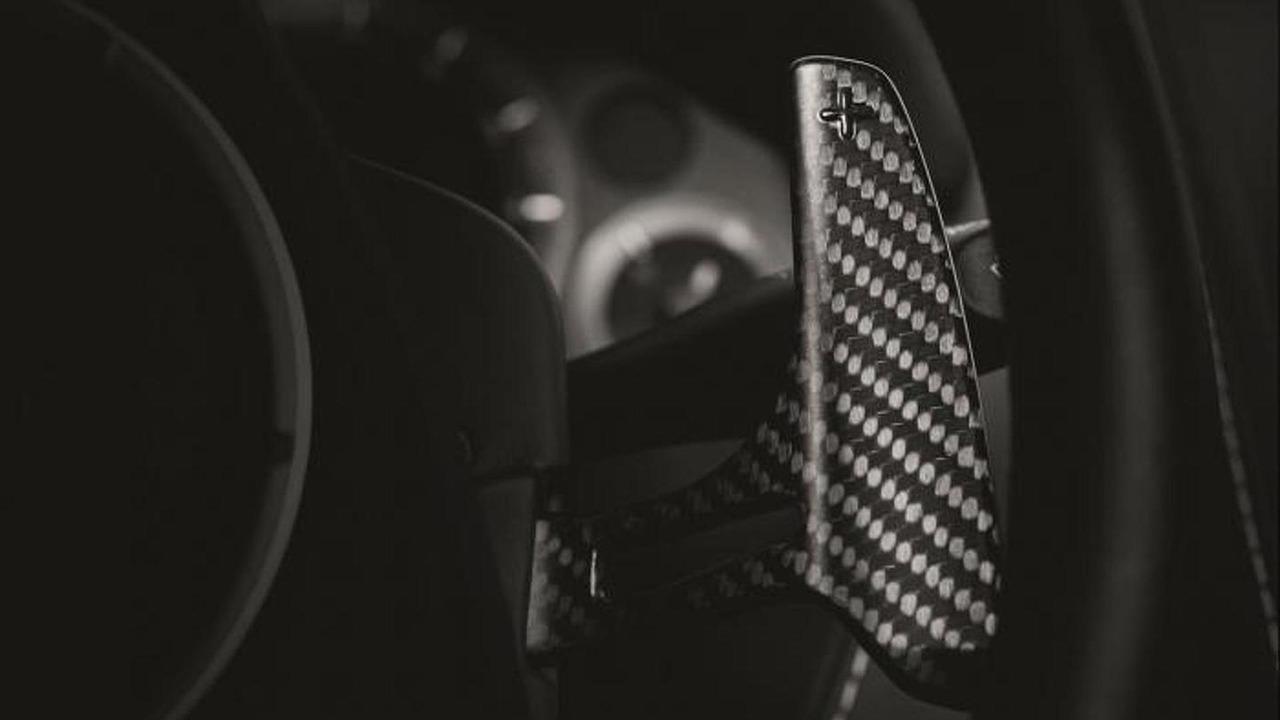 Aston Martin Vanquish Carbon Edition