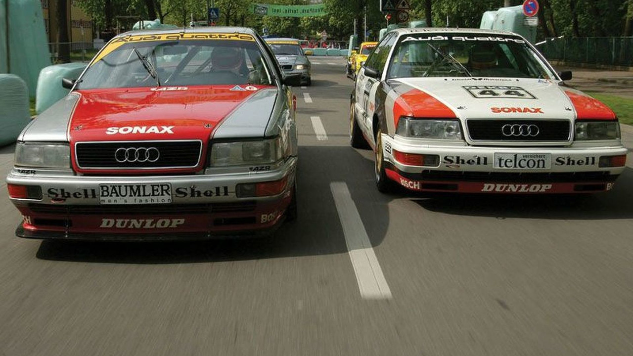 Classic DTM cars at Donau Ring 2004