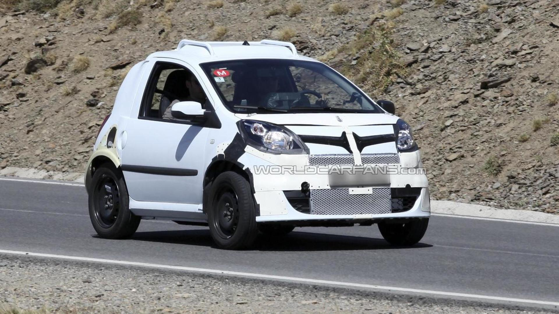 Smart ForTwo mule spied