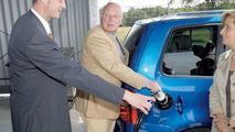Volkswagen: Sunlight and Hydrogen