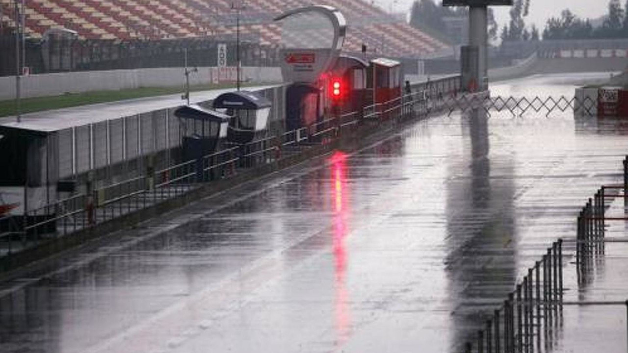Heavy rain - Formula 1 Testing, 01.05.2007 Barcelona, Spain