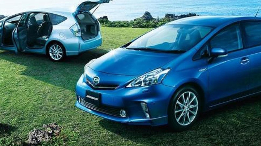 Daihatsu Mebius is a Toyota Prius V for JDM