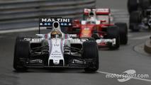Felipe Massa, Williams FW38, leads Sebastian Vettel, Ferrari SF16-H
