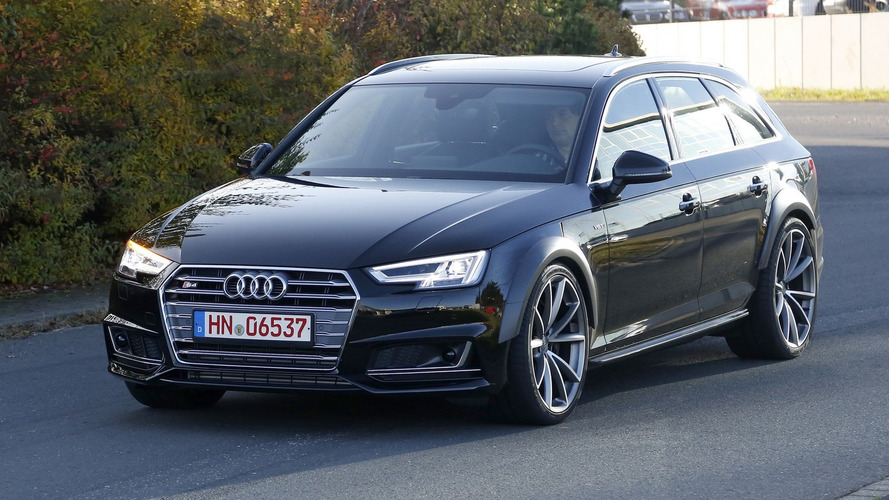 Audi RS4 Avant test mule makes spy photo debut